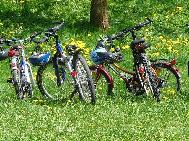 čtyři jízdní kola